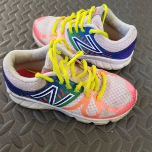 The New Balance 200 is the girl's complete perform